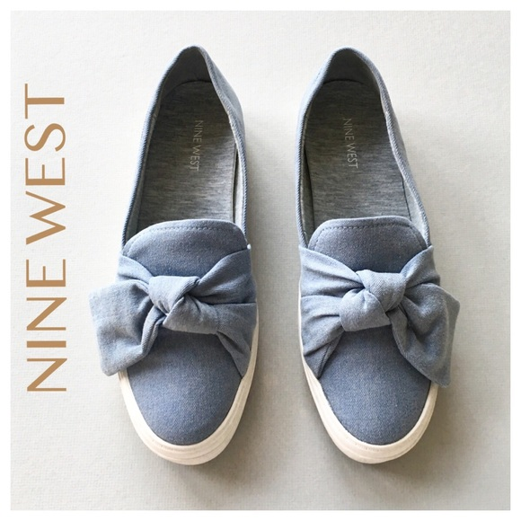 Nine West Oriao Chambray Knotted Bow